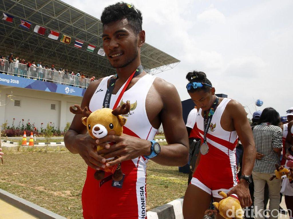 Indonesia Kantongi Medali Perak dari Cabang Dayung Putra