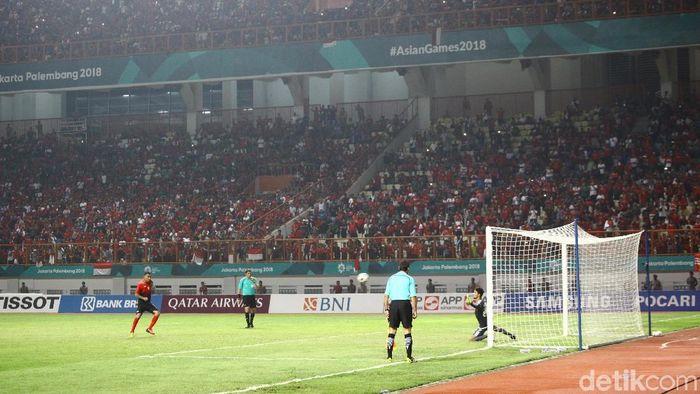 Bagaimana Luis Milla memilih eksekutor penaltinya saat Indonesia kalah dari UEA di 16 besar Asian Games 2018  (Grandyos Zafna/detikSport)