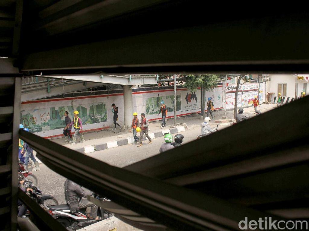 Atasi Tawuran di Pasar Rumput, Anies akan Pasang CCTV