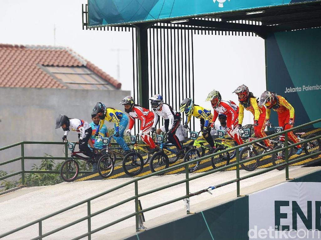 Ikut Kejuaraan di Malaysia, Tim BMX Indonesia Buru Poin Olimpiade