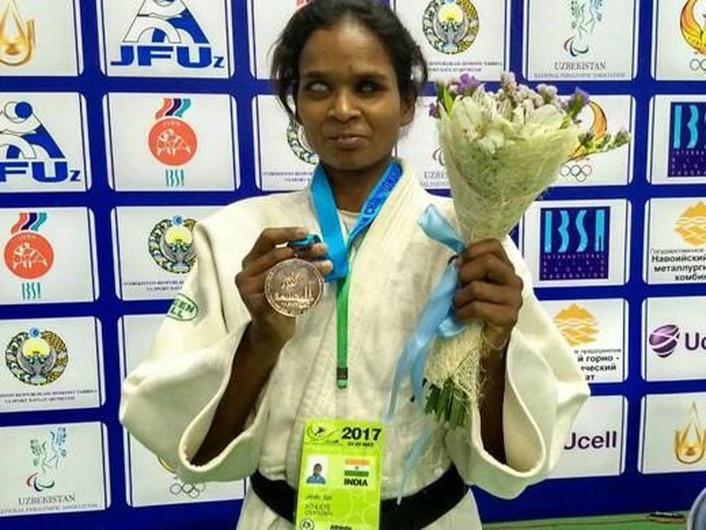 Wanita India Ini Buktikan Buta Tak Halangi Jadi Atlet Judo Internasional