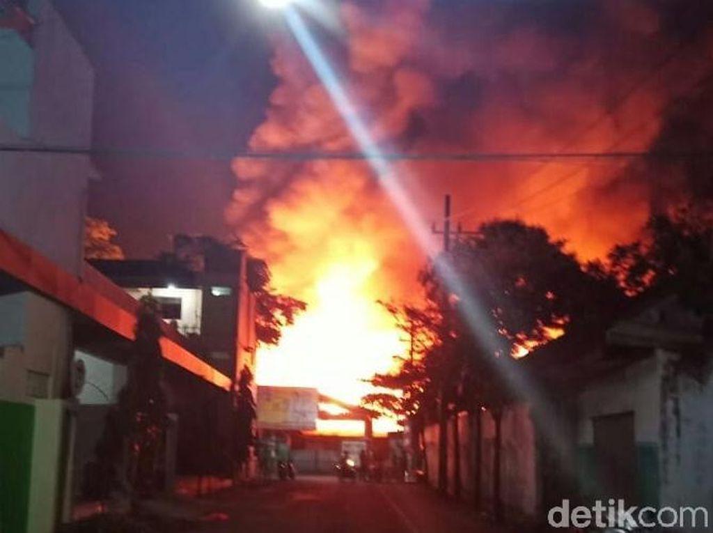 Pasar Pon Trenggalek Terbakar
