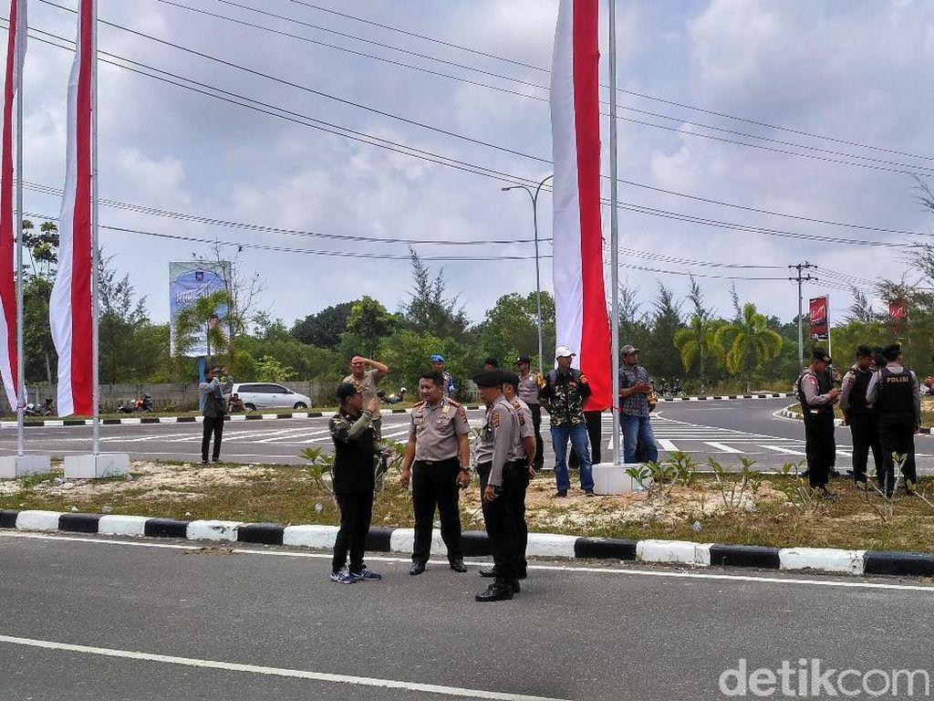 Ada Demo Tolak Ratna Sarumpaet Cs di Bandara Babel, Polisi Siaga