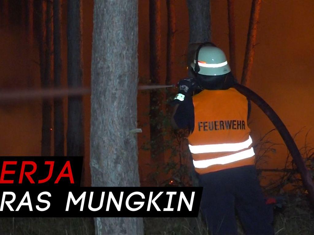 Berjibaku Melawan Api, Demi Warga di Berlin