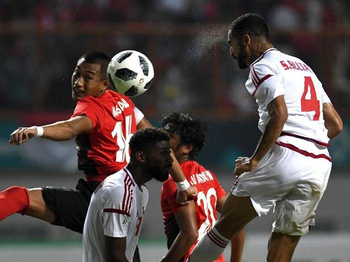 Timnas Indonesia jangan sampai loyo di babak kedua untuk agar bisa menuri poin di kandang Uni Emirat Arab di lanjutan Kualifikasi Piala Dunia 2022. (Foto: ANTARA FOTO/INASGOC/Djuli Pamungkas/Sup/18)