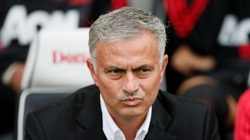 MU Dibantai Spurs, Mourinho Santai