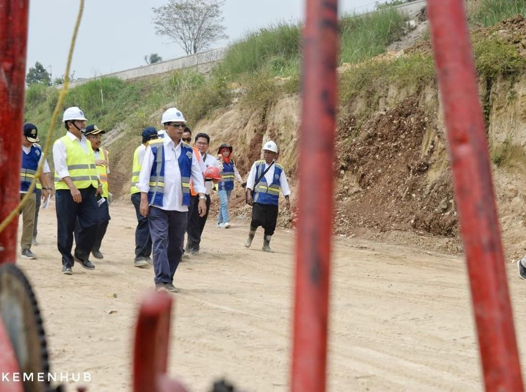 Proyek Jalur Ganda Bogor-Sukabumi Baru 10%