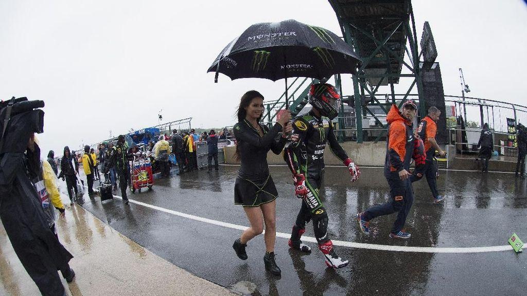 Basah dan Dingin Silverstone Berujung Batalnya MotoGP Inggris
