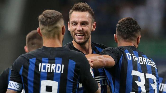 Inter Milan tergabung di Grup B Liga Champions bersama Barcelona, PSV, dan Tottenham Hotspur (Foto: Emilio Andreoli/Getty Images)