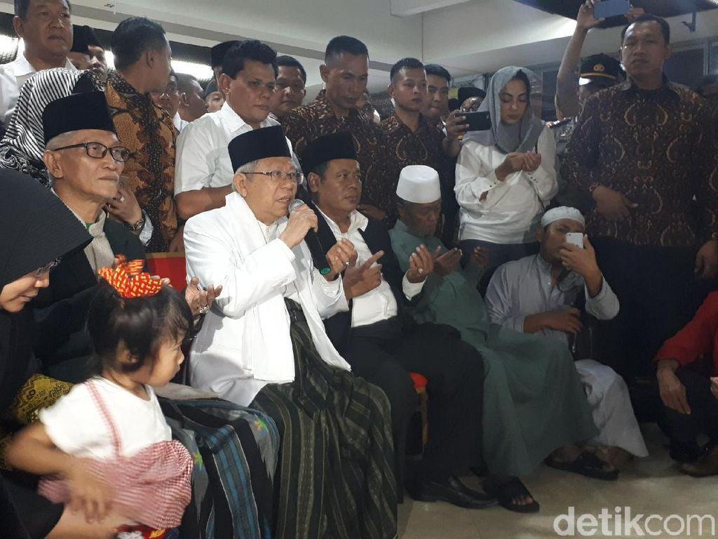 Tiba di Tanah Air Usai Ibadah Haji, Maruf Amin Disambut Pendukung