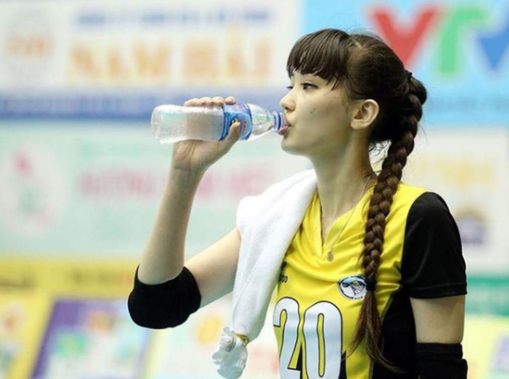 Bugarnya Sabina Altynbekova, Si Cantik dari Kazakhstan
