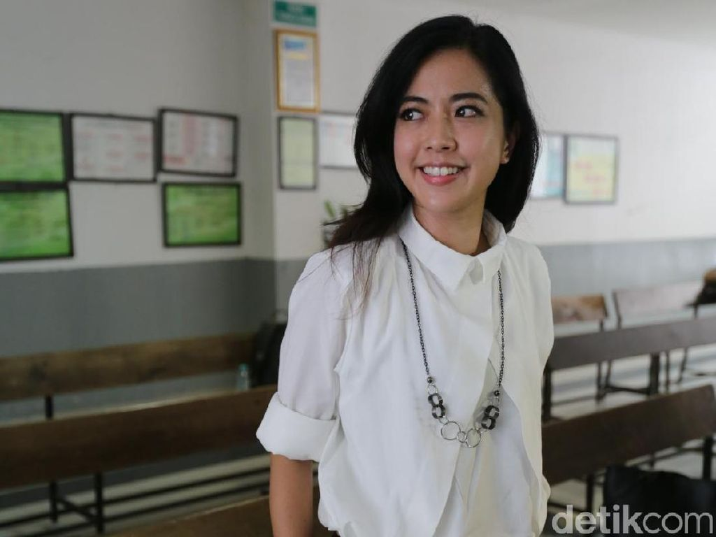 Absen Sidang Lagi, Yeslin Wang-Delon Thamrin Niat Cerai Nggak Sih?
