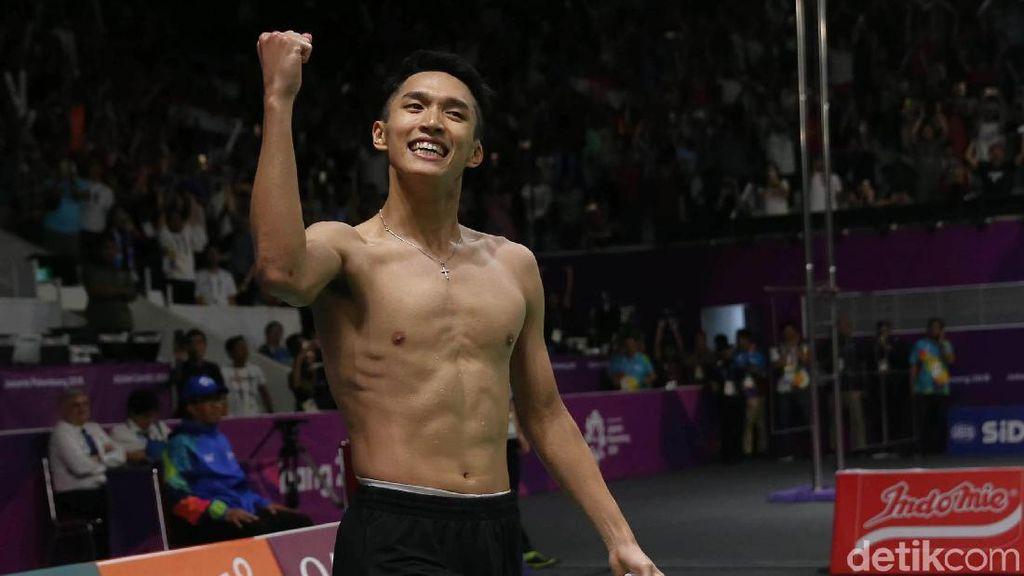 Aksi Telanjang Dada Jonatan Christie Usai Dapat Emas Asian Games