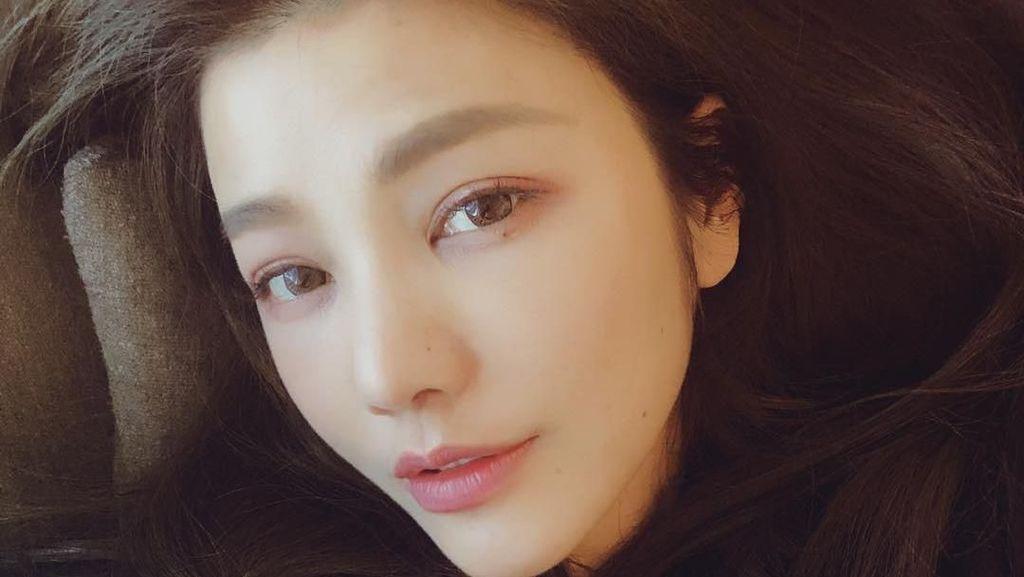 Umur 43 Tahun, Ini Gaya Liburan Designer Cantik Taiwan