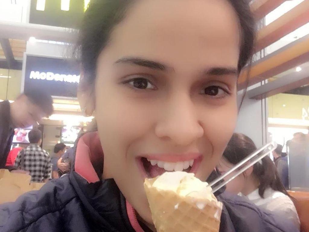 Manisnya Pebulutangkis India, Saina Nehwal Saat Ngopi dan Makan Es Krim