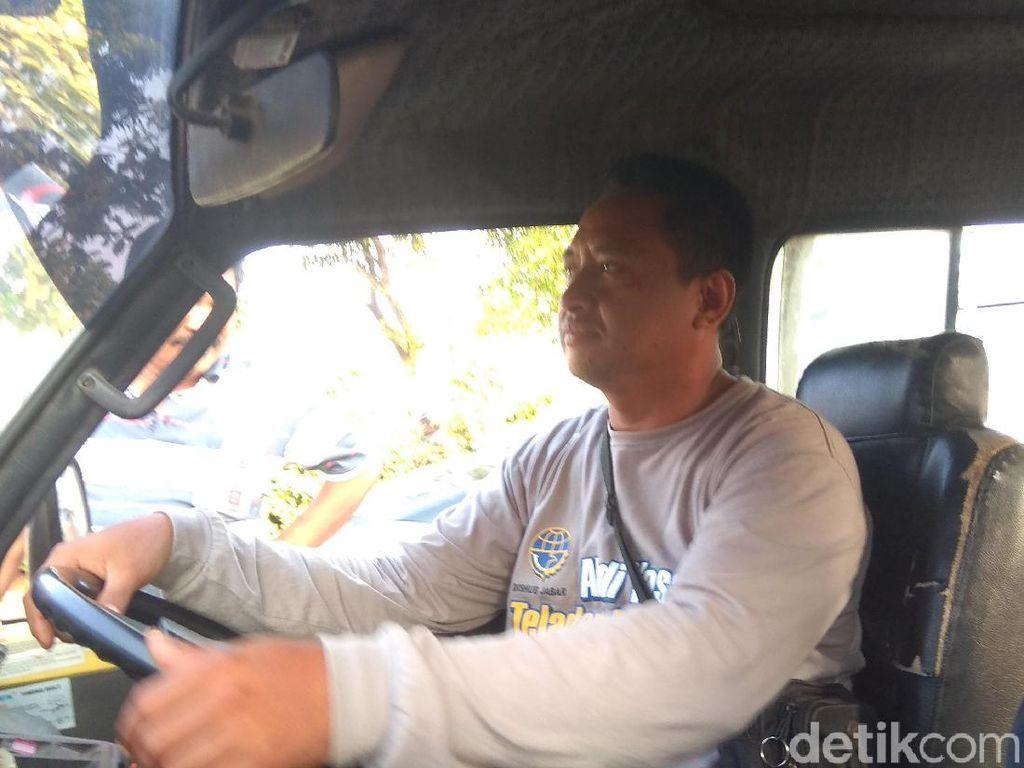 Kisah Wardoyo, Mantan Kuli yang Jadi Sopir Teladan di Karawang