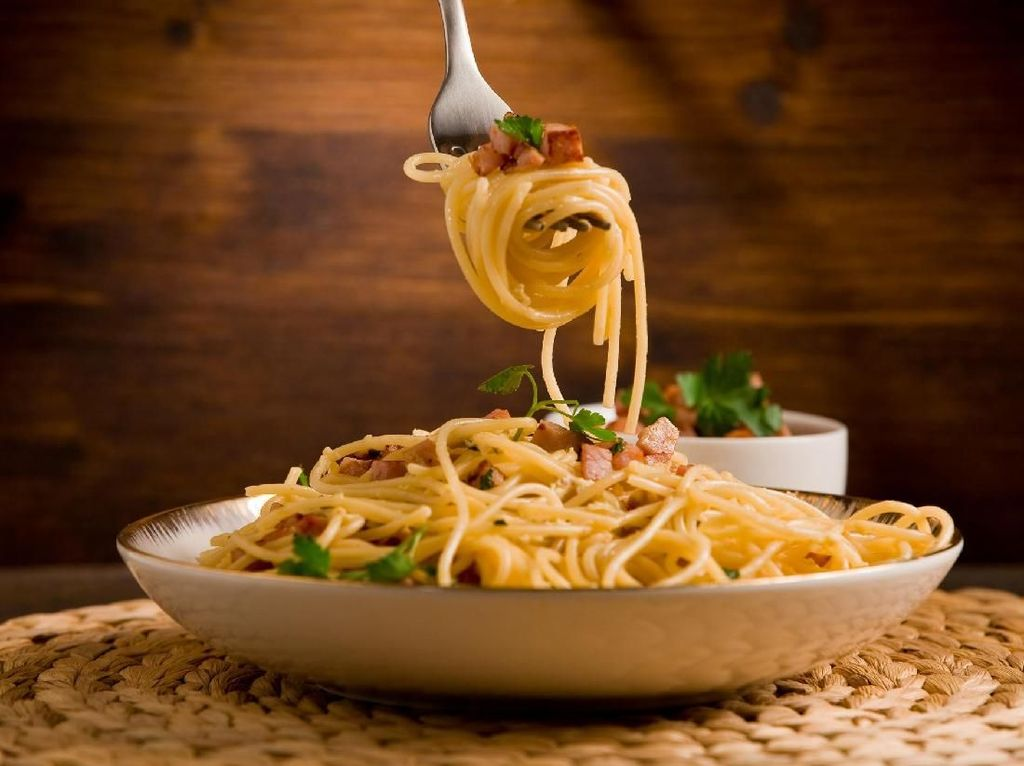 Gara-Gara Rutin Makan Spaghetti, Pria Ini Tewas Keracunan