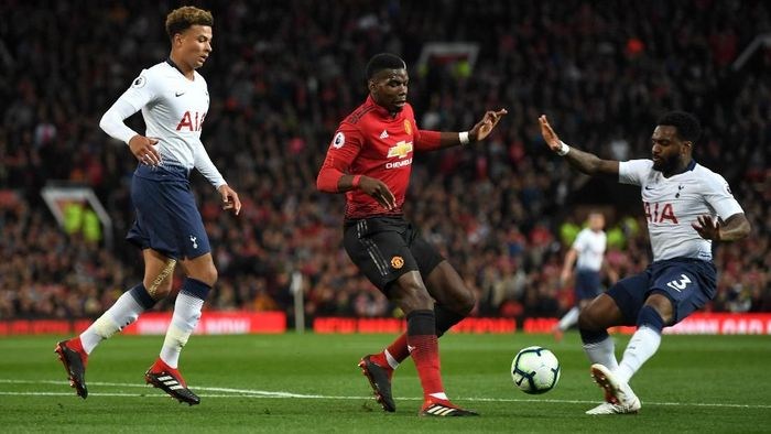 Tottenham Hotspur saat berduel dengan Manchester United. (Foto: Michael Regan/Getty Images)