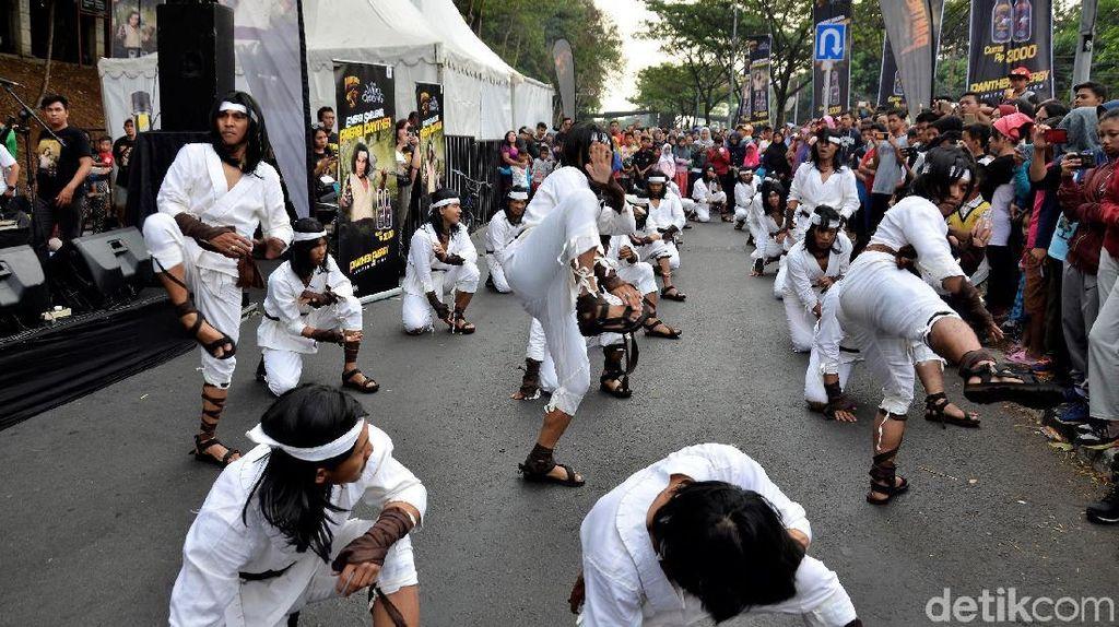 Aksi Flash Mob Wiro Sableng