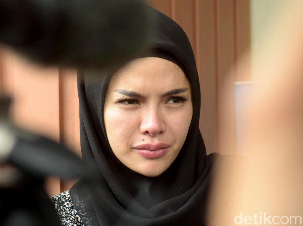 Cabut Gugatan Cerai, Nikita Mirzani Sering Dikunjungi Dipo di Apartemen