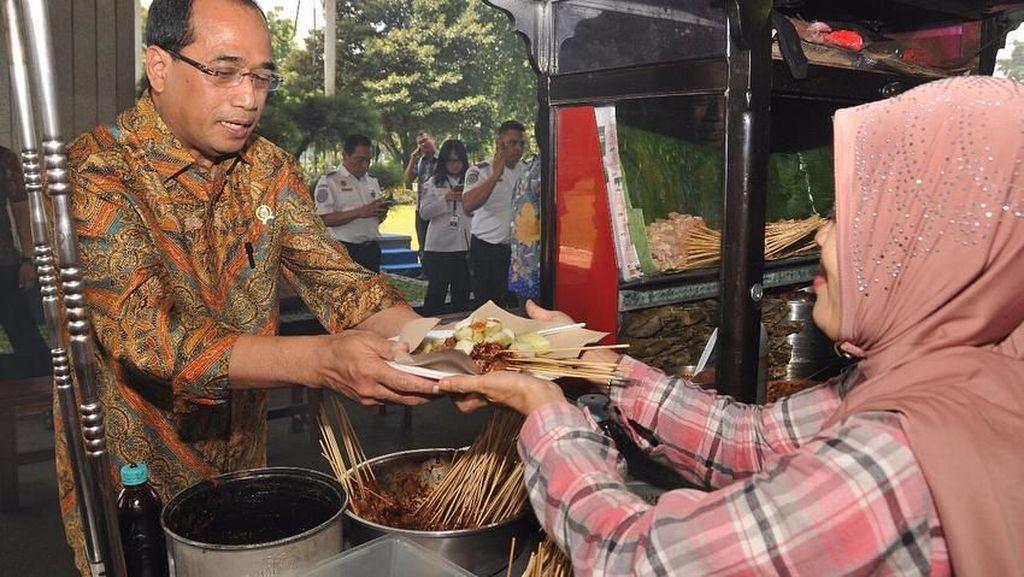 Budi Karya Sumadi, Menhub yang Doyan Makan Nasi Kebuli hingga Sate