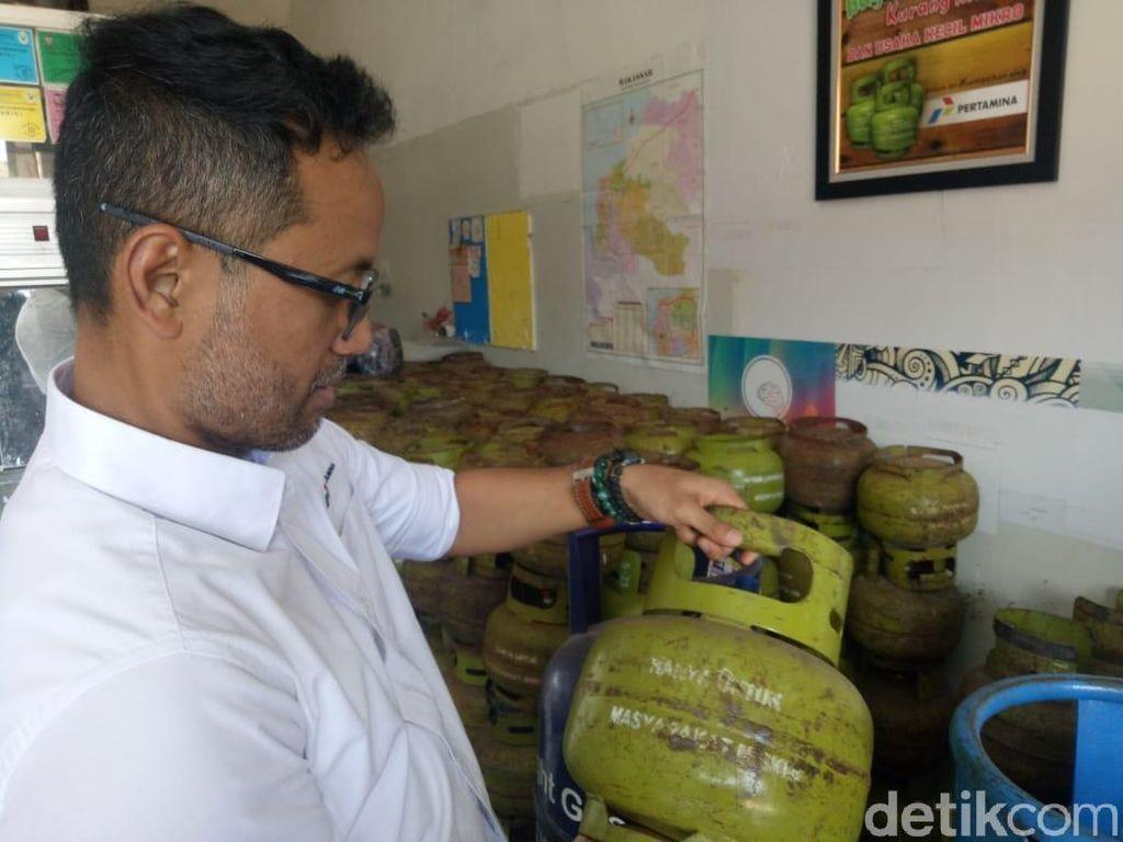 Jual di Atas HET, Agen Elpiji 3 Kg di Makassar Kena Sanksi