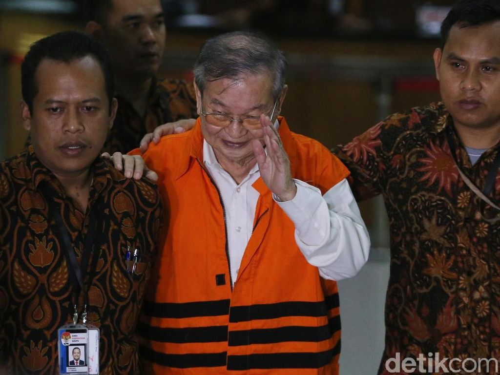 Penyuap Hakim PN Medan Diberi Rompi Oranye