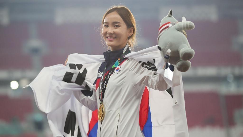 Dapat Medali Emas, Atlet Lari Korea Ini Wajah Beningnya Bikin Terpana