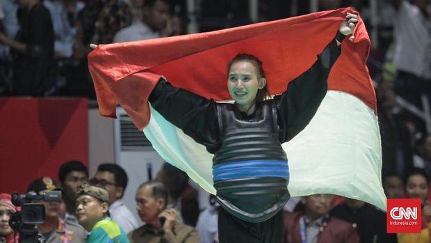 Tim Pencak Silat Indonesia mampu menyabet 14 emas untuk kontingen Indonesia.