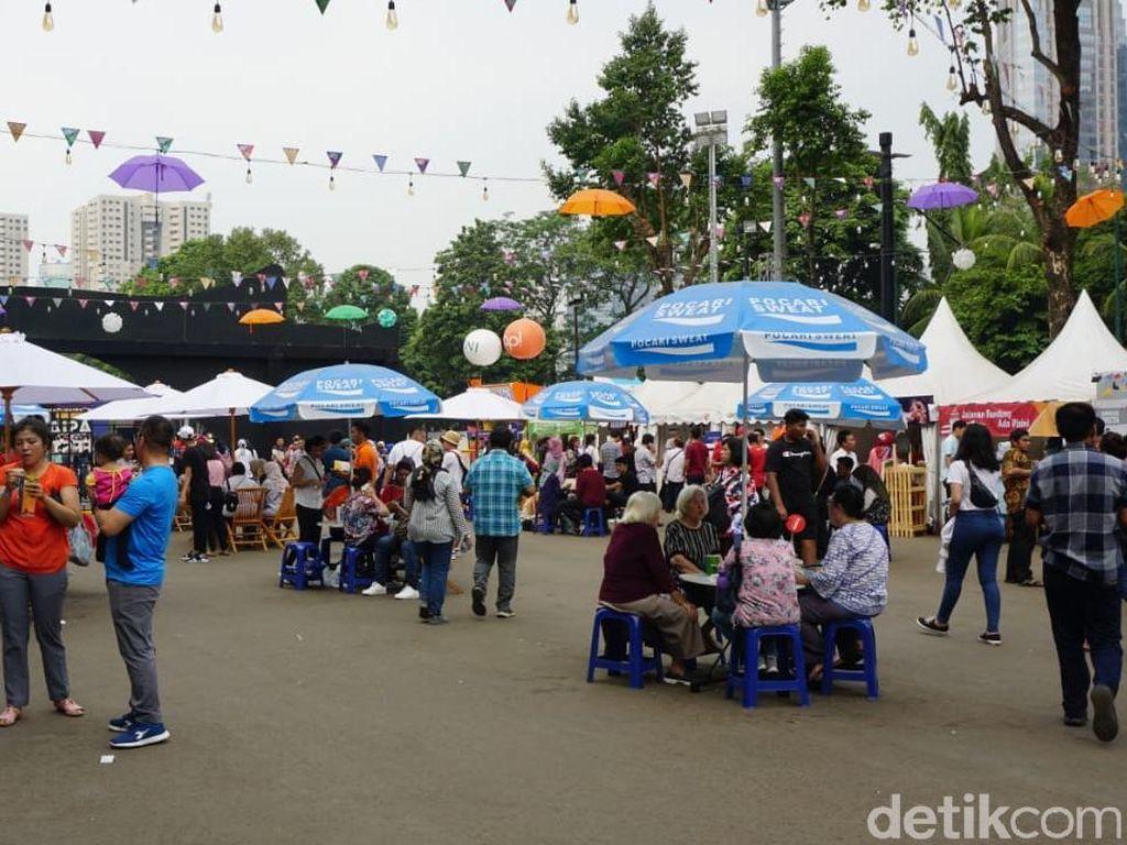 Seru! Begini Suasana Area Kuliner Asian Games di GBK, Senayan