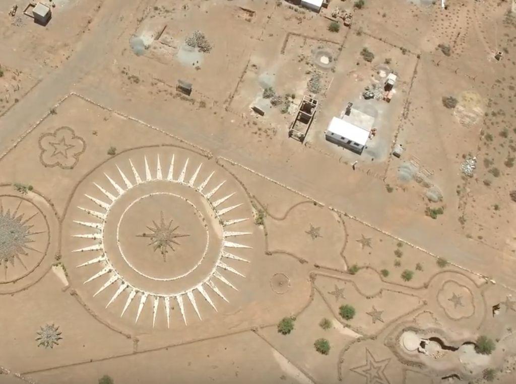Bandara UFO di Tengah Gurun Argentina, Benar Ada?