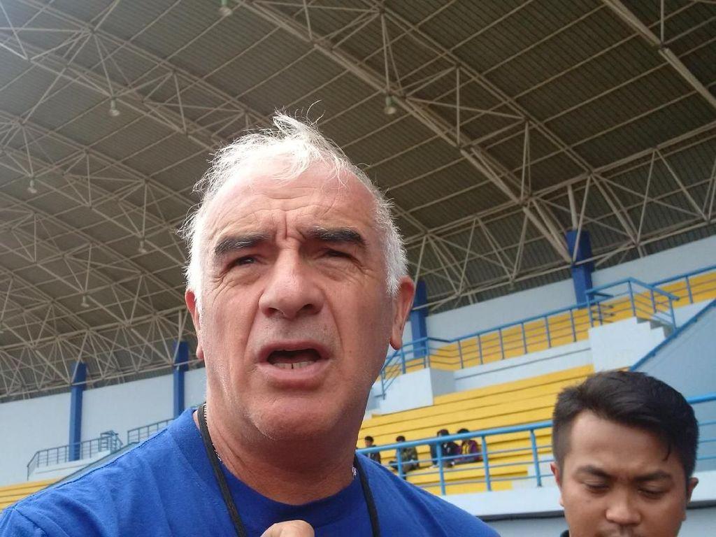 Mario Gomez Ingin Reuni dengan Dua Pemain Andalannya saat di Persib Bandung
