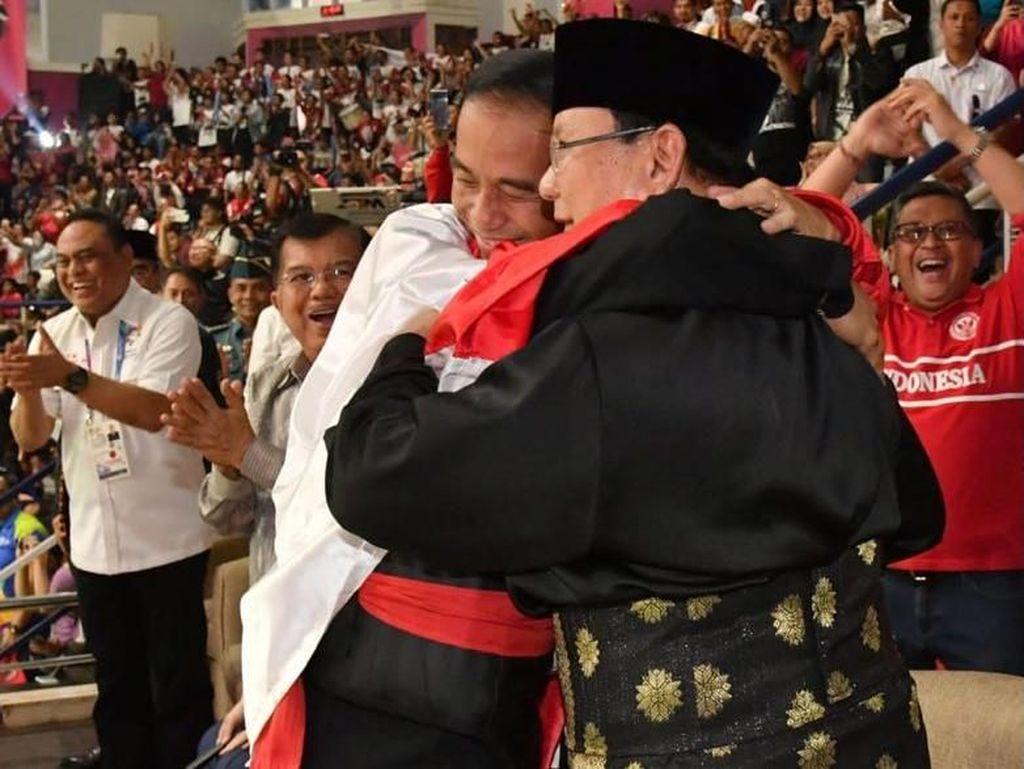 Jokowi-Prabowo Berpelukan, Mardani: Adem, Baik buat Pilpres