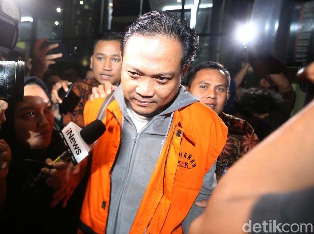 Panitera PN Medan Dituntut 8 Tahun Penjara