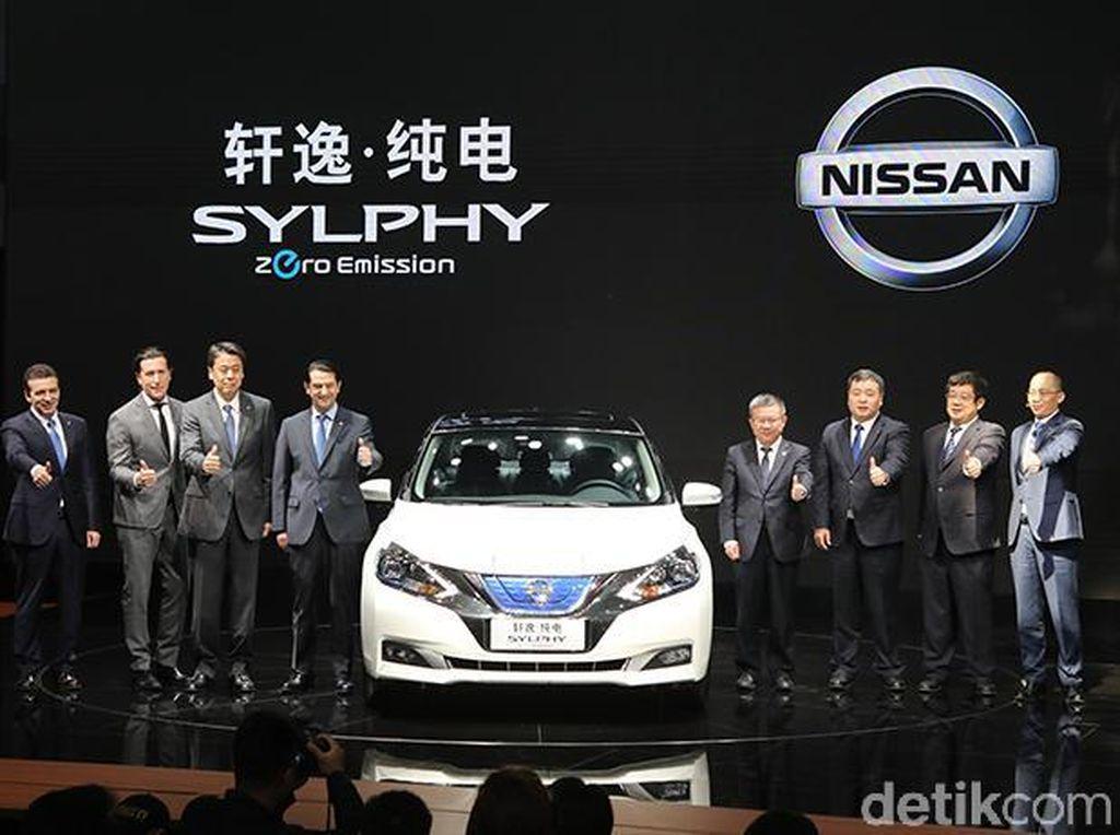 Mobil Listrik Murah Meriah dari China