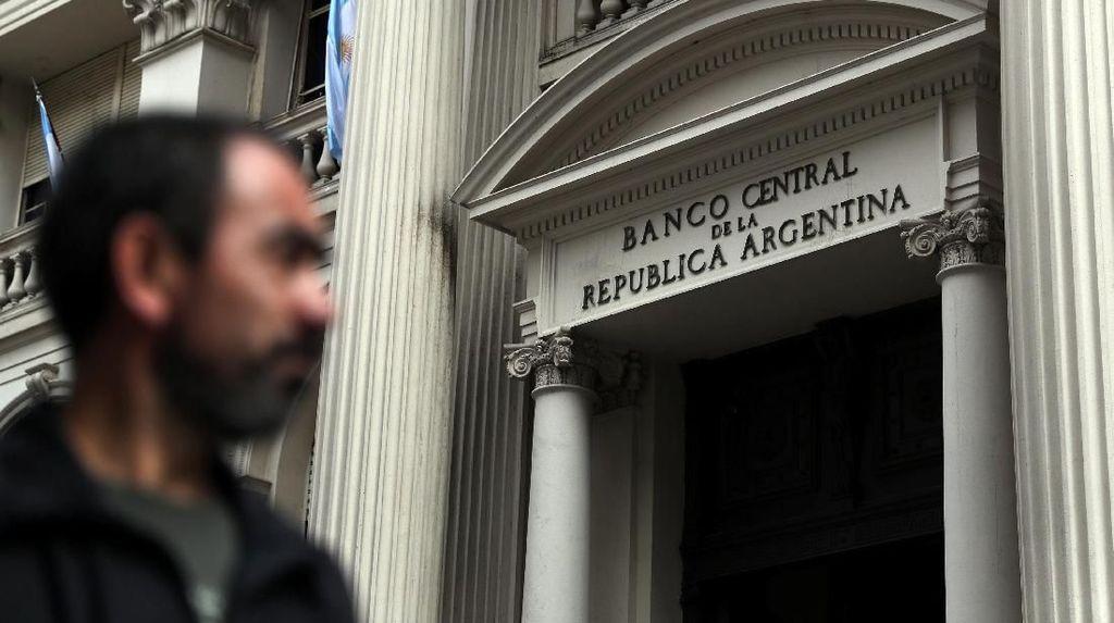 Lawan Krisis, Argentina Naikkan Suku Bunga Jadi 60%