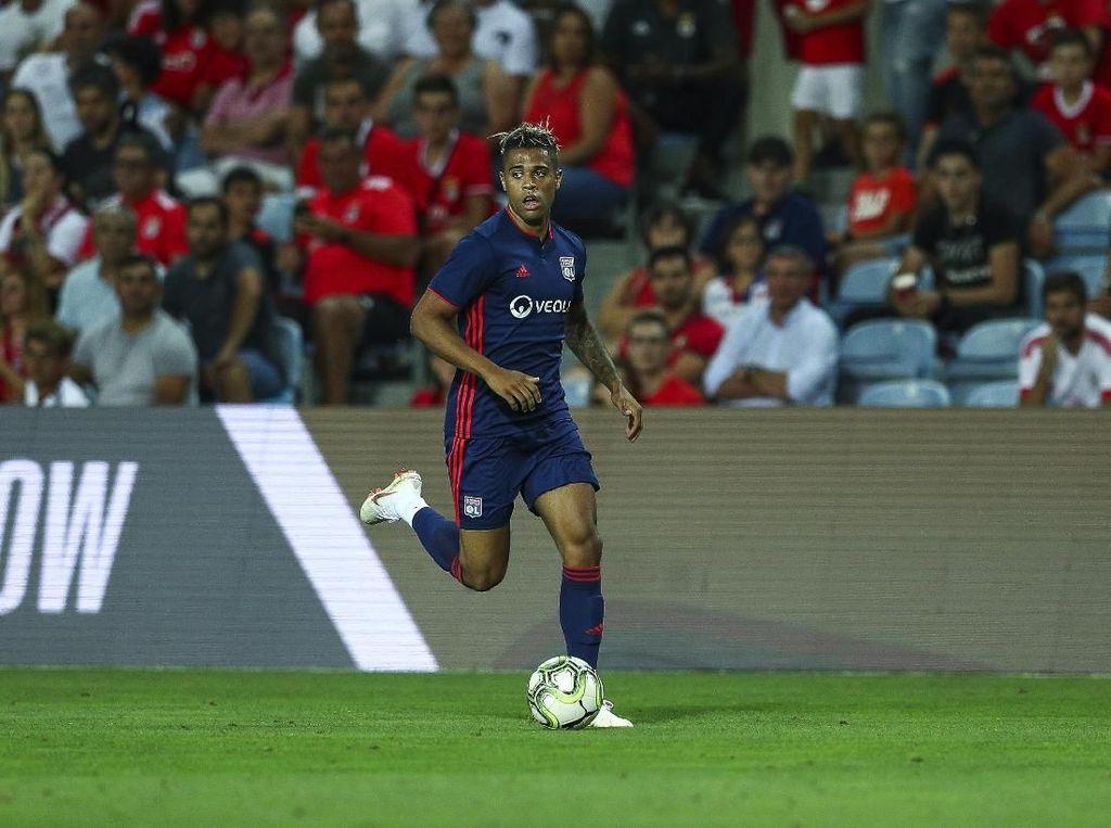 Real Madrid Pulangkan Mariano Diaz dari Lyon