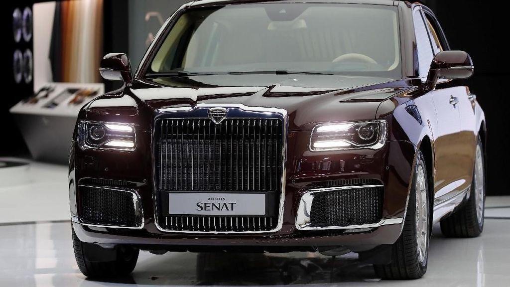 Mobil Vladimir Putin yang Akan Dijual Massal