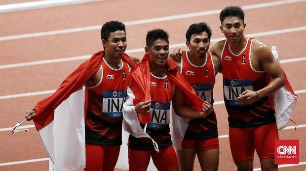 Lalu Muhammad Zohri ikut mengantar Indonesia meraih medali perak estafet 4X100 m di Asian Games 2018.