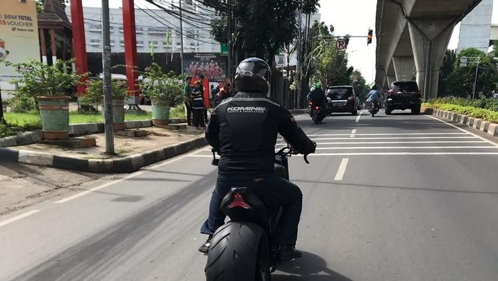 Yamaha R1 Bondol Ini Disapa Munaroh
