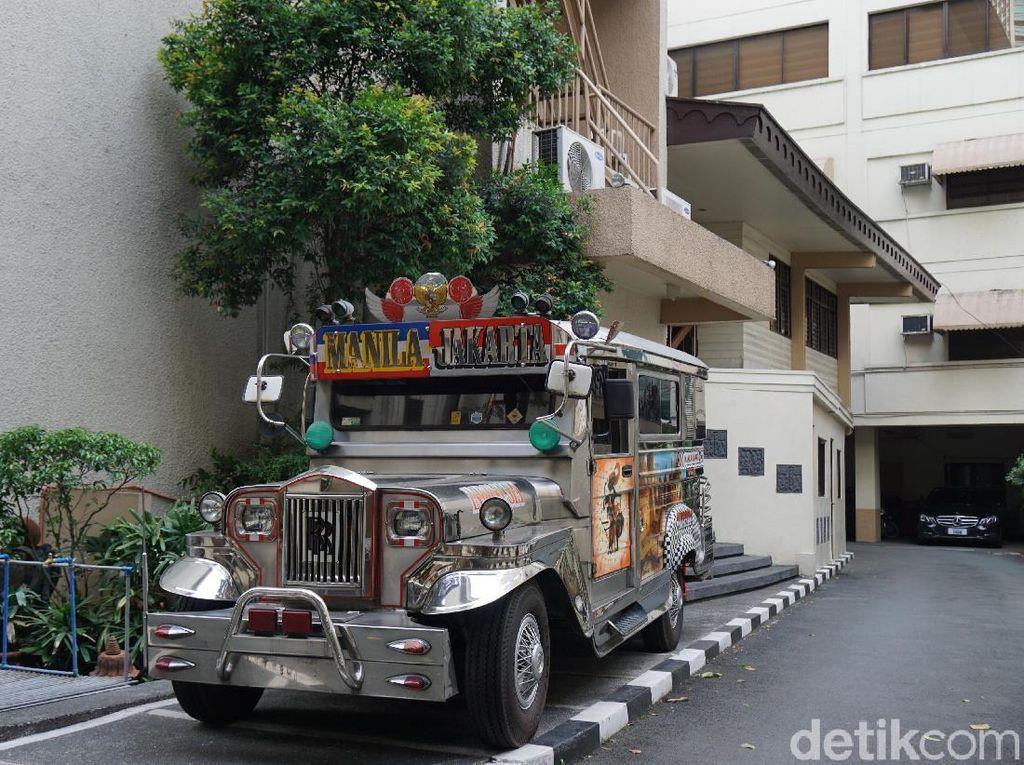 Ada Jeepney Jurusan Manila-Jakarta di Filipina