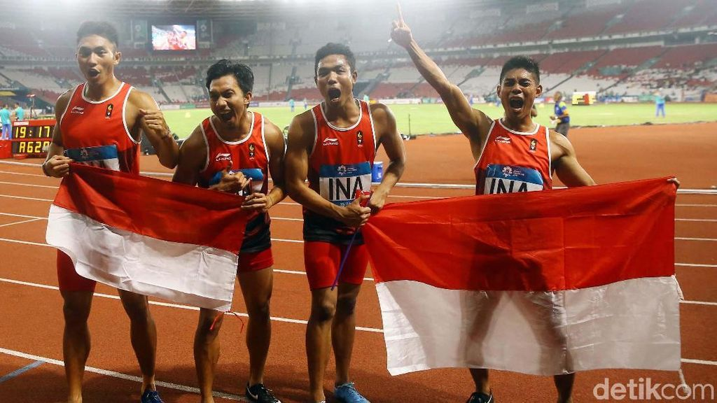 Zohri dkk Raih Perak dari Lari Estafet 4x100 M