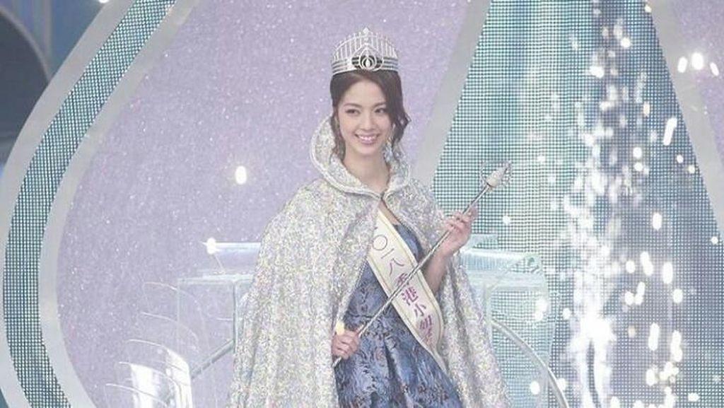 Foto: Terbuai Manisnya Ratu Kecantikan Hong Kong 2018