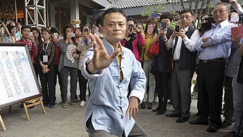 Mengenang Aksi Nyentrik Jack Ma yang Akan Pensiun