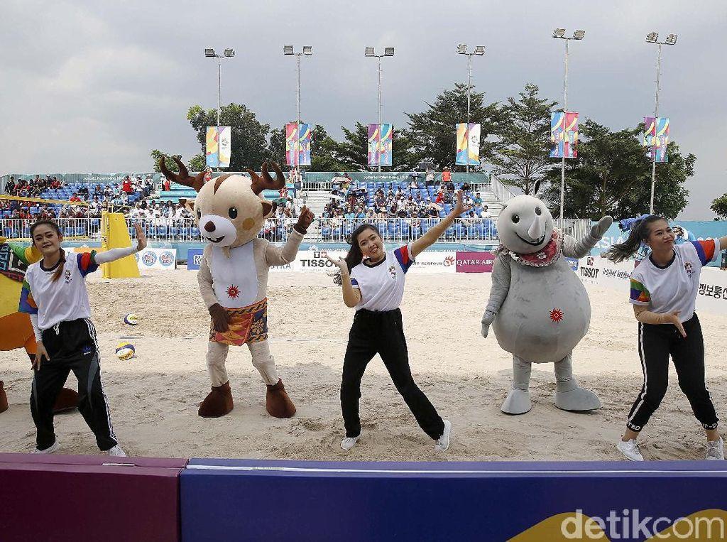 Saat Maskot Asian Games 2018 Ikut Menari Bersama