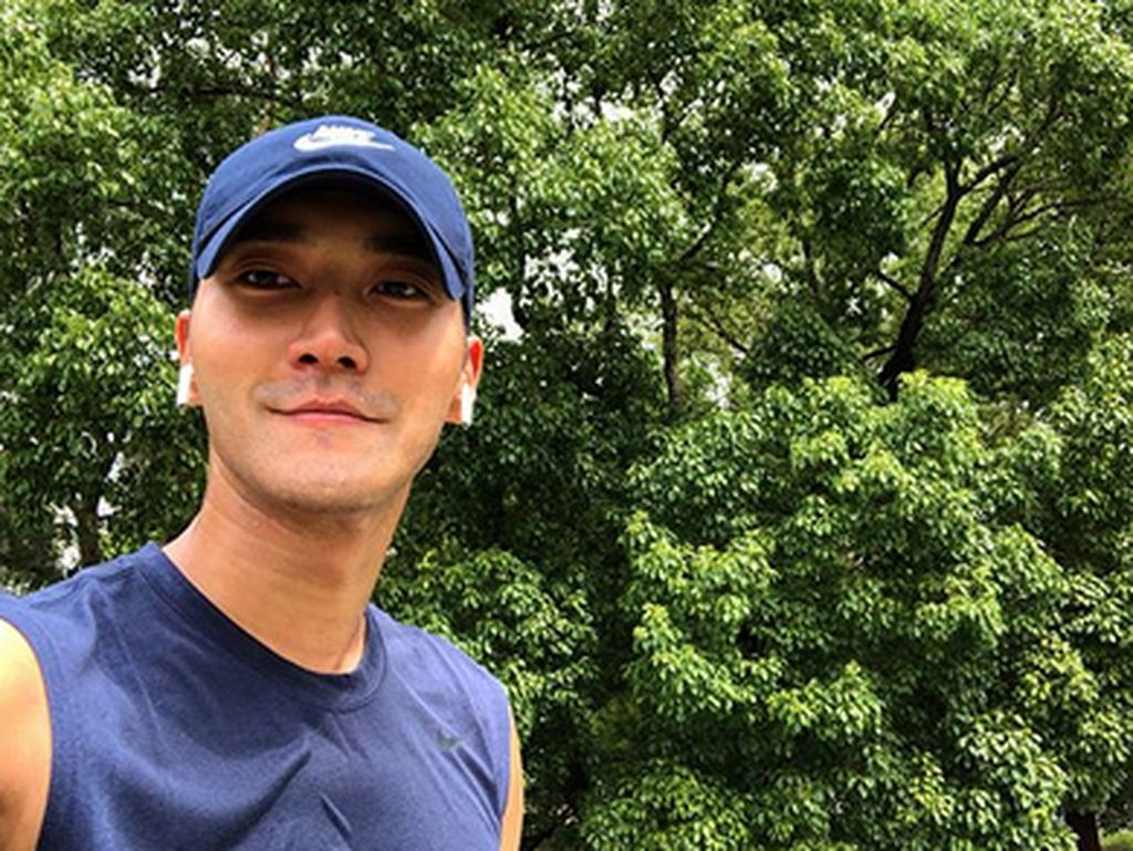 Yeay! Siwon Super Junior Tiba di Indonesia, Duh Gagal Fokus sama Ototnya