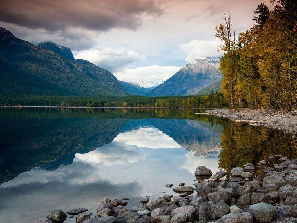 Foto: Danau Cantik Ini Namanya McDonald