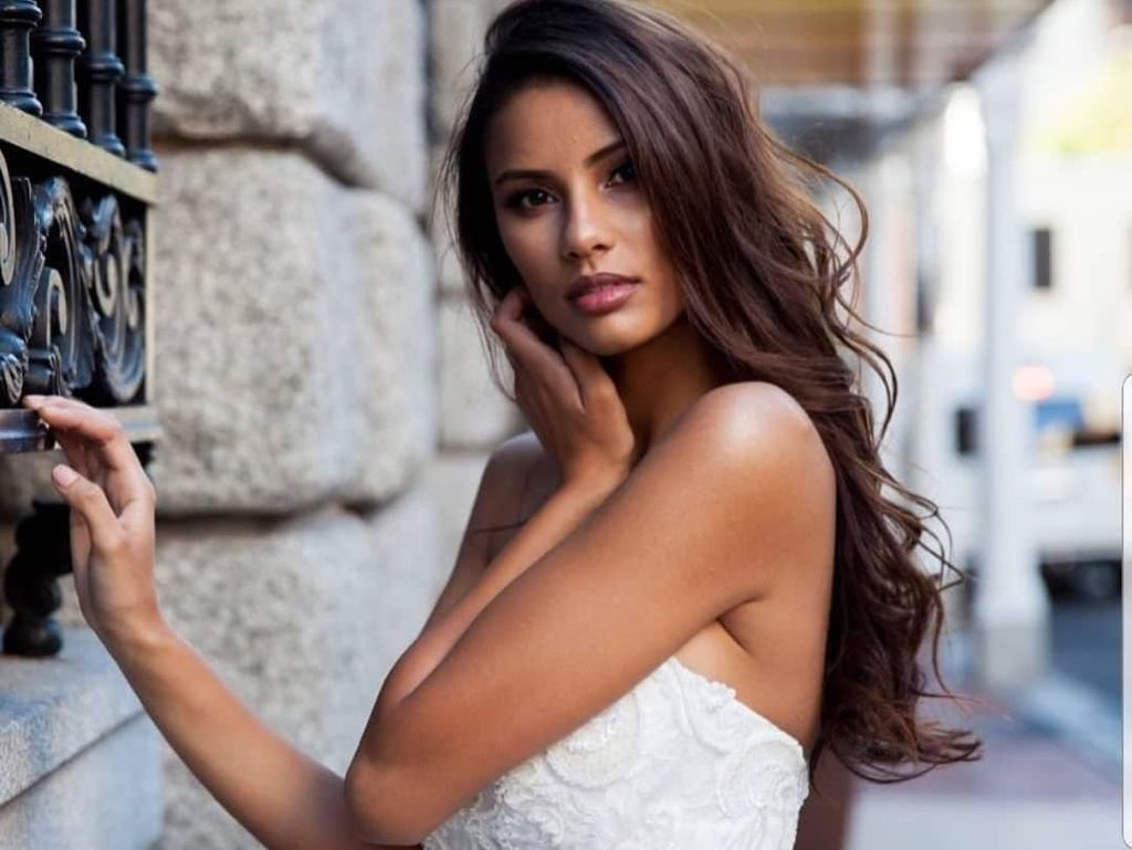 Tamaryn Green, Dokter Plus Beauty Queen dari Afsel yang Body Goals Abis