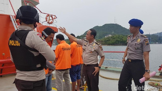 Police Declare Dark Sales of 40 Tons of Fuel in the Sea of Papua