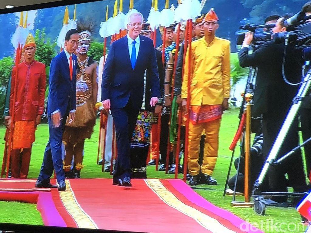 Pasukan Berkuda Sambut PM Baru Australia di Istana Bogor